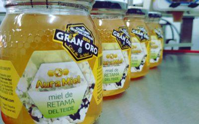 La mejor miel de Retama del Teide la tiene Aura Miel